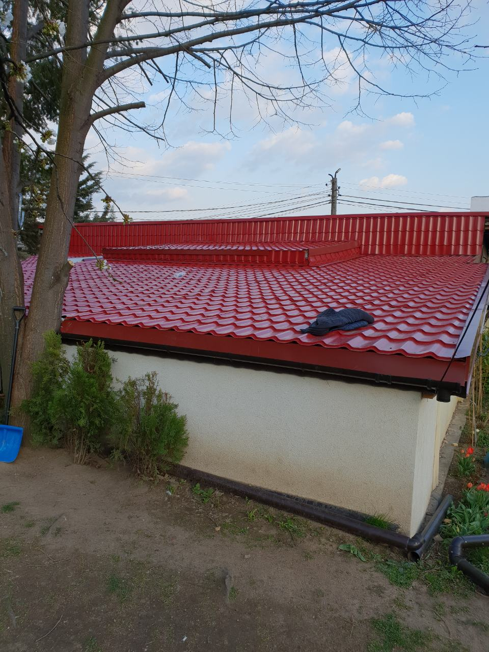 покрив с метални керемиди