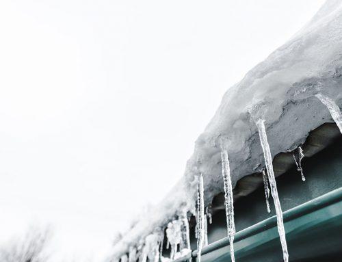 Ето как снегът може да повреди дома ви (И как да го предотвратите)